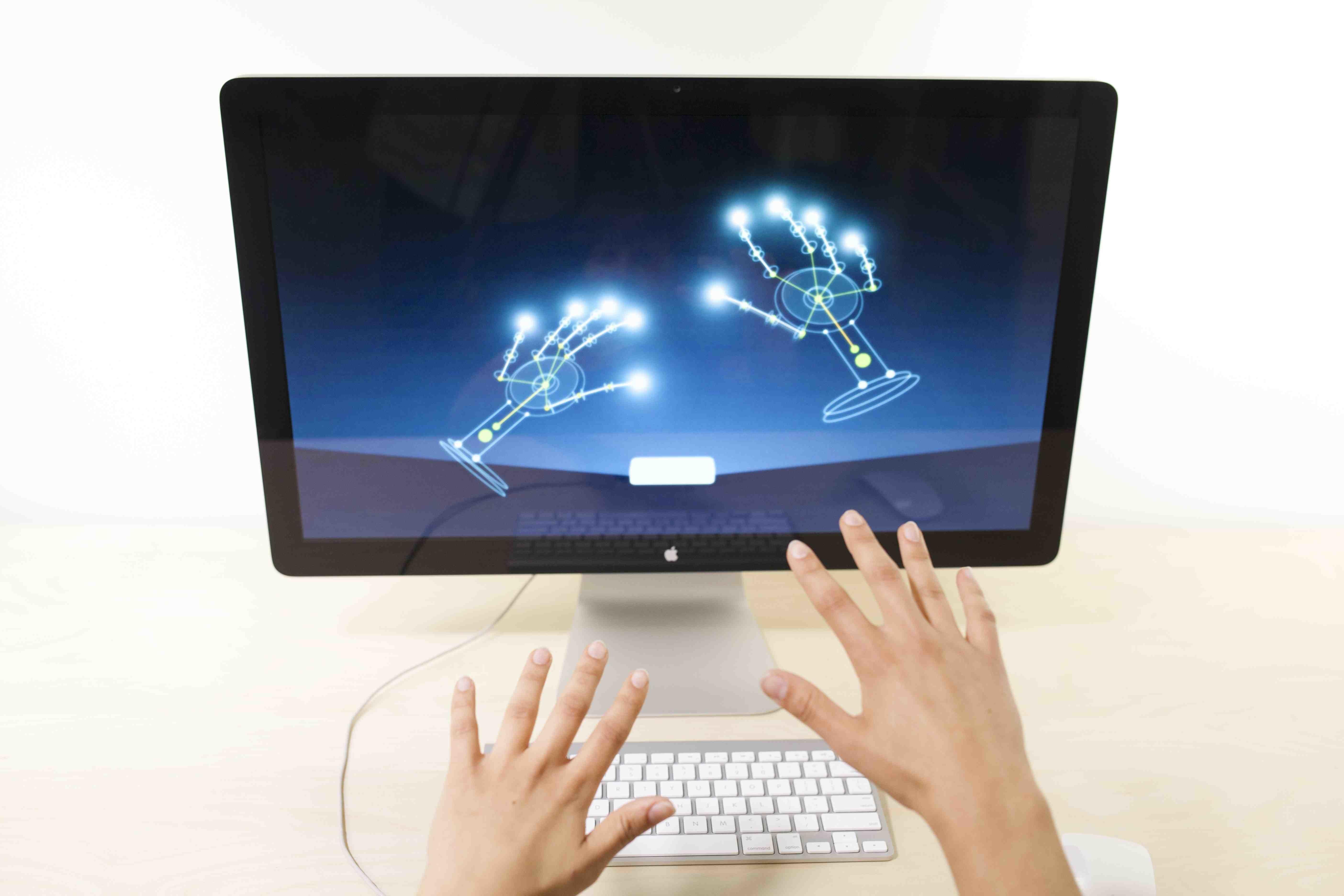 Жесты помогут управлять компьютером